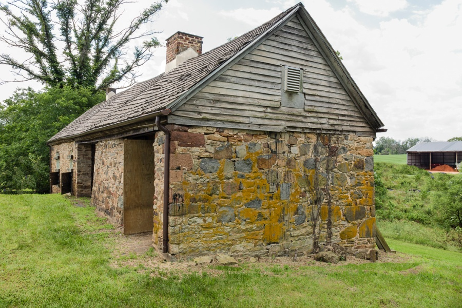 Slave Dwelling on Lewis Farm